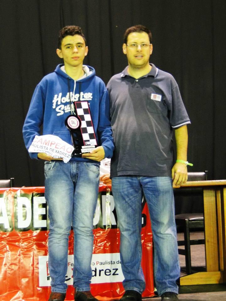 Kleyton campeão paulista ecolar 2015 !